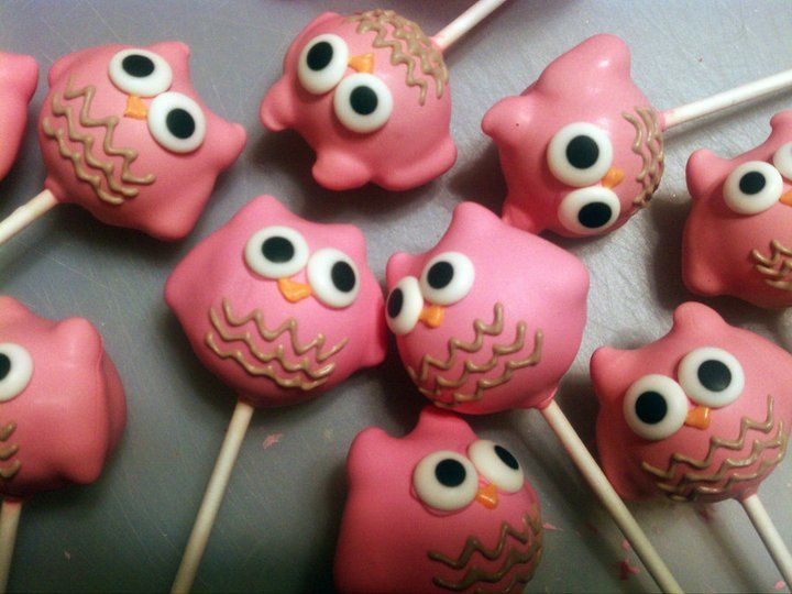 I like these owl cake pops best. Chocolate chips for ears, almonds for wings?