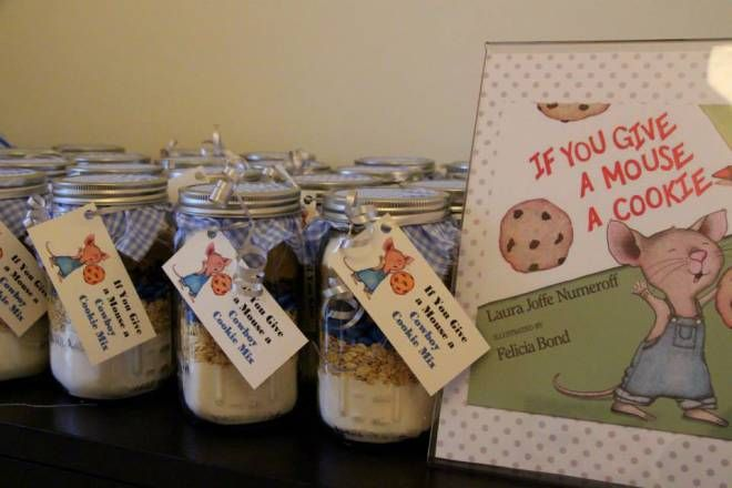 cookie favors for book themed baby shower