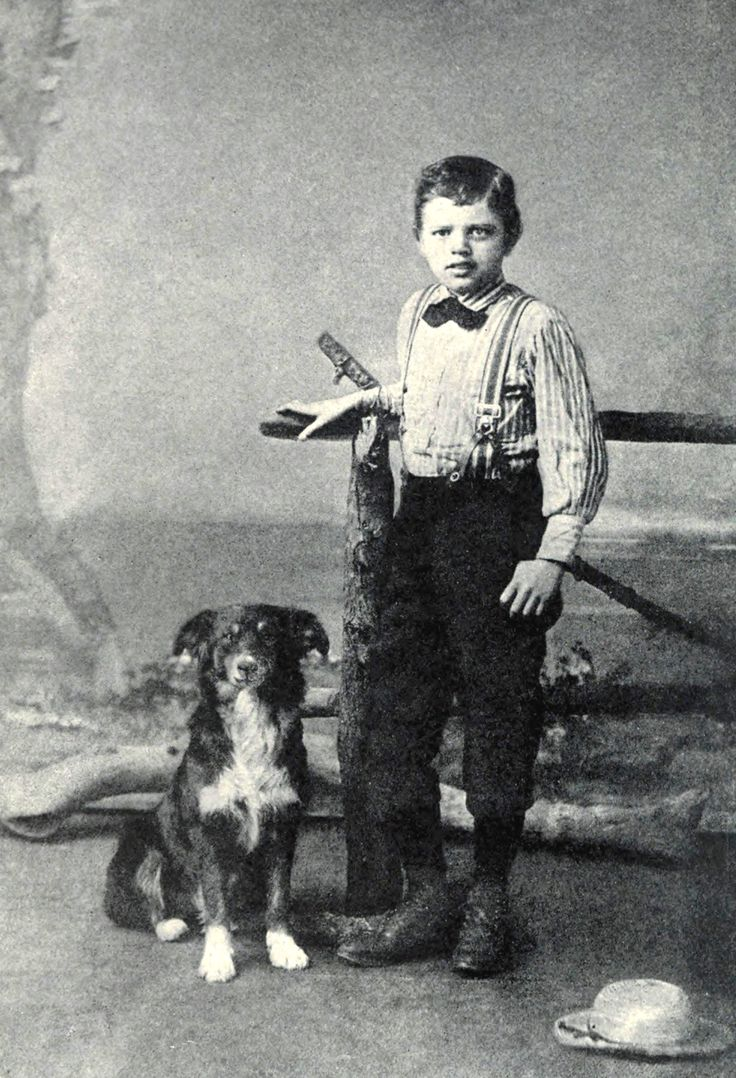 To build a fire jack london - Jack London S To Build A Fire Is A Classic Man Versus Nature Tale The Dog Is Smarter Than The Man What Fool Chooses That Kind Of Frigid Cold