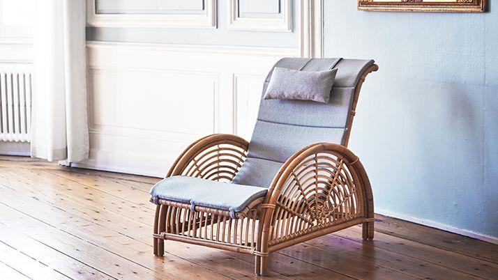 AJ-11-SU Paris chair with a664 cushion