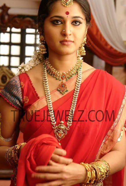 True Jewelz Anushka Shetty Arundhati Movie Stills Gold