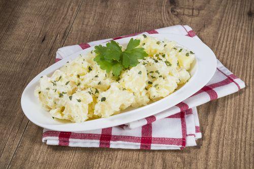Si eres un amante de las patatas con salsa, prueba estas PATATAS AL HORNO GRATINADAS CON ALIOLI 🥔 ¡Te vas a enamorar de su sabor!