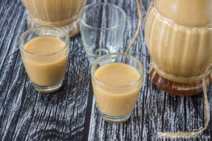Homemade Coffee liqueur with white chocolate / Likier kawowy z białą czekoladą - przepis
