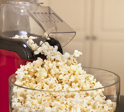 What is Healthy Snacks? Healthy snacks is filled with healthy nutrients as protein, carbohydrates, fat, water, vitamins, and minerals, iron etc. My favorite snacks is popcorn because is a good dieting food. Buy best Popcorn maker machine from Snack Shack Supplies. They offer the best popcorn maker and available in many colors, sizes. FREE SHIPPING.http://snackshacksupplies.com/