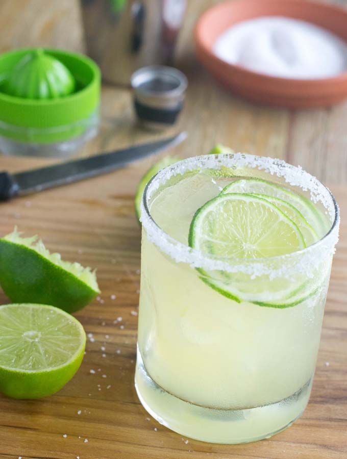 Best 25 margarita recipes ideas on pinterest margaritas for Easy drinks with tequila