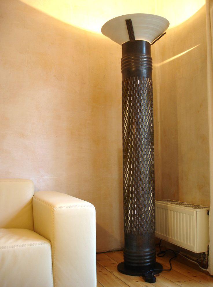 Vintage Lampe Zimmerleuchte gebaut als Deckenstrahler und mit indirekter Beleuchtung durch perforiertem K rper Stahl Porzellan m hoch Pinterest