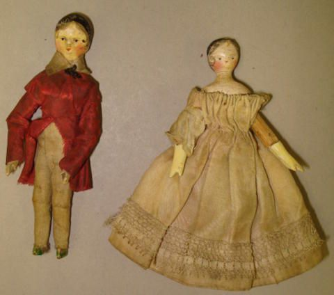 Miniature lady and gentleman Grodner Tal dolls, circa 1825 2