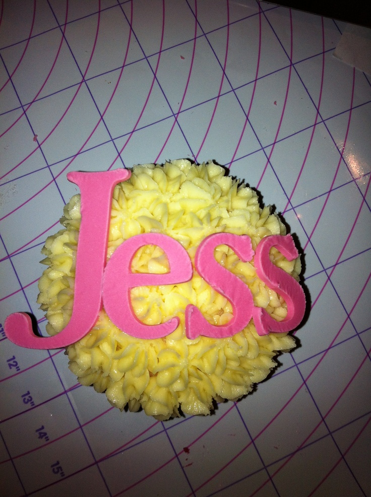 Name Cup Cake