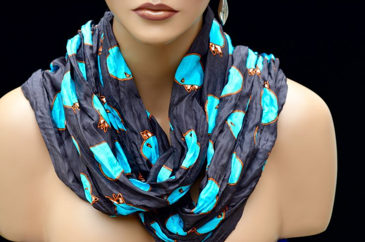 Inuit (Eskimo) Textile Art Inunoo Infinity Scarf - Night Churring , by Ningeokluk Teevee.