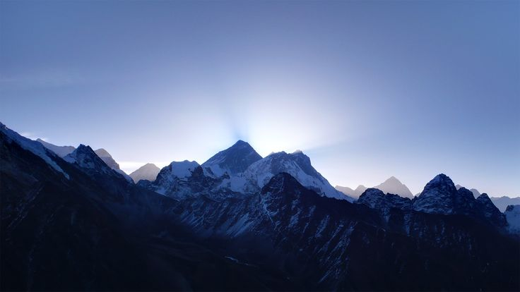 Nepal Wants to Ban Inexperienced Climbers from Everest - Don't have experience over 6500 meters? Better burnish the resume, tourism ministry says in proposing new rules.  http://adventure-journal.com/2015/09/nepal-wants-to-ban-inexperienced-climbers-from-everest/
