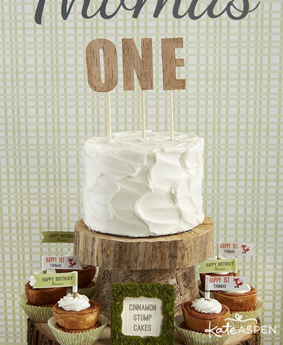 Rustic Birthday Party Ideas | Woodland Themed Birthday Party Ideas | Printable Cake Topper | Smash Cake | www.kateaspen.com/blog | www.kateaspen...