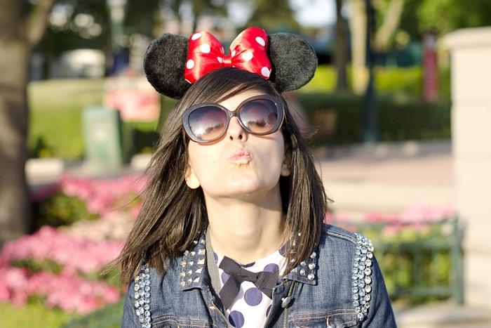 Disneyland Paris, 20 Anniversary. More on www.pursesandi.net #disney #disneyland #disneylandparis #fantasy #happy #pursesandi #minnie #paris #parigi #love #polkadots #lauracomolli #kiss