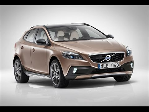 #2013 #Volvo #V40 #Cross #Country is stir-fry #Swedish #sexiness