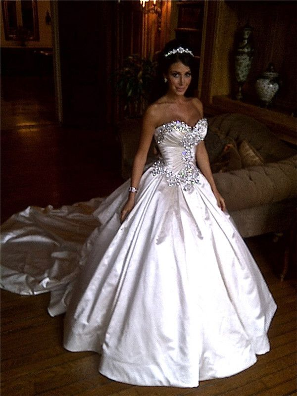 2014 New Custom Made Crystal Bead Sweetheart Neckline Corset Sexy Wedding Dresses Ball Gowns Bridal Gown Soft Satin -in Wedding Dresses from...