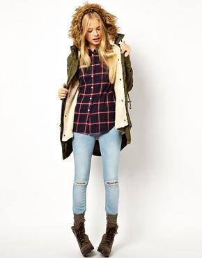 デニムにチェックのネルシャツは定番コーデ☆ミリタリースタイルの定番アイテム☆モッズコートの秋冬ファッションコーデを集めました!