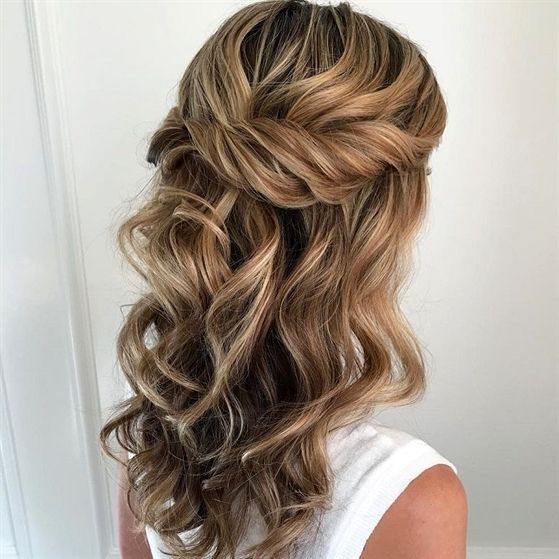 Partial Updo Bridal Hairstyle Half Up Half Down Wedding Hairstyles Soft Swept Back Twists Weddin Wedding Hair Inspiration Hair Styles Half Up Hair
