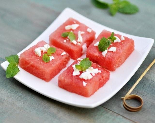 Melon Mint and Feta Recipe #yummy