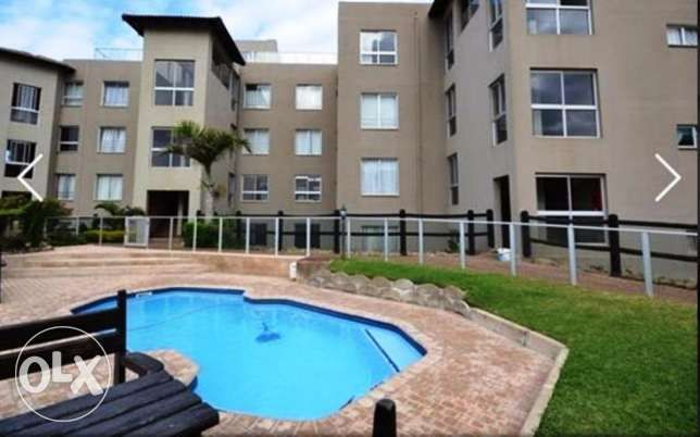 R  1,450,000: Magnificent 180 degree Sea Views!!! Modern apartment in upmarket complex on the beach front. Exceptional views from all corner. Unit consisting of 3 Bedrooms, 2 Bathrooms, Open plan lounge and dini...