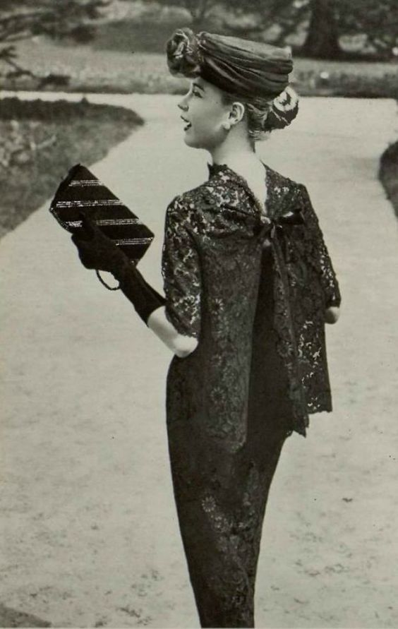 1956 Madeleine de Rauch It is not possible for this to be any more darling! Women's vintage fashion.