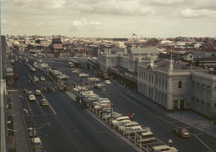 144224PD: Perth Railway Station and car park, Wellington Street, 1967.