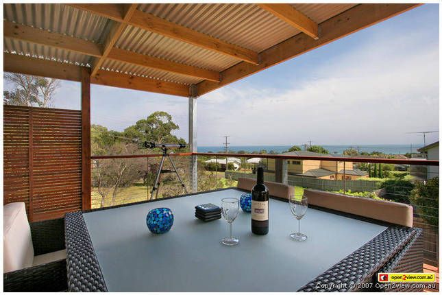 Entertainer PLUS with bay views | Dromana, VIC | Accommodation