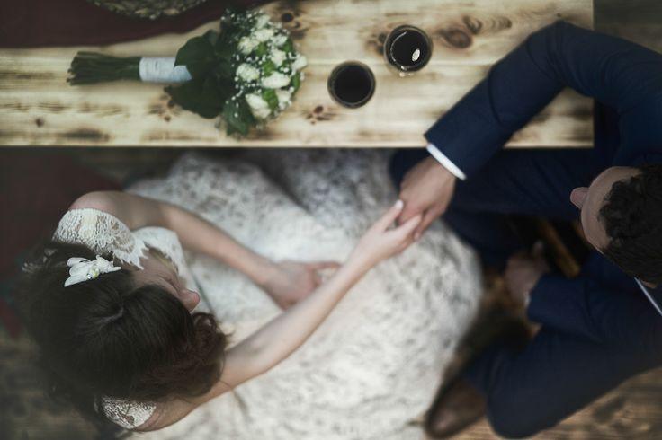 #holdhands #weddingphotography #akiszaralis