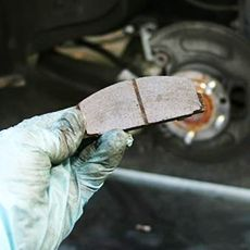 DNT Auto Tools : How to change brake pads?
