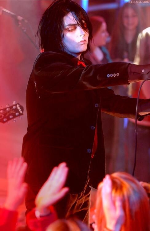 american musician gerard way Gerard arthur way (born april 9, 1977 in newark, new jersey) is an american musician who has served as frontman, lead vocalist and co-founder of the band my chemical romance, since its formation in 2001.