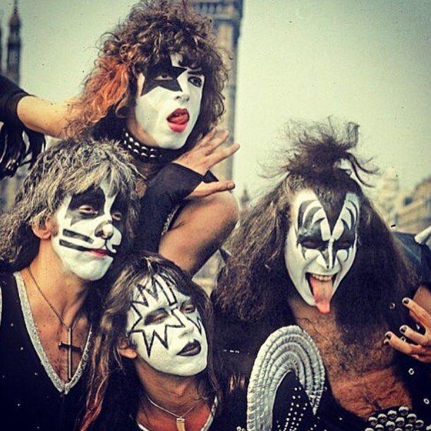 Westminster Bridge.  Londýn, Anglicko, 10. mája! ❤️ # KISS #KISSarmy #KISSnation #KISSalive #KISSworld #KISSrock #KISSlove #KISSonline #new #paulstanley #genesimmons # L4L #hot #sexy #music #rock #hardrock # F4F #bestoftheday