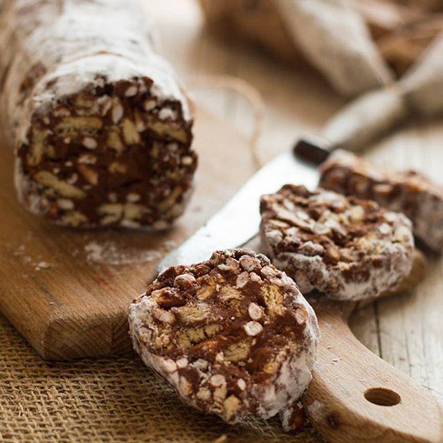 Oggi  la Giornata Nazionale del salame di cioccolato unhellip