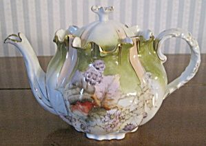 Antiques.com | Classifieds| Antiques » Antique Porcelain & Pottery » Antique Teapots & Tea Sets For Sale