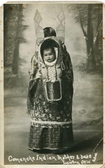 Indian Pictures: Historic Comanche Indian Women with Babies Photo Gallery