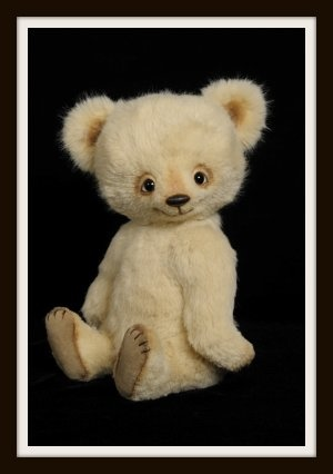 LIVVY Teddy Bear By Cheryl Hutchinson. Livvy Won A 2011 TOBY Industry  Choice Award.