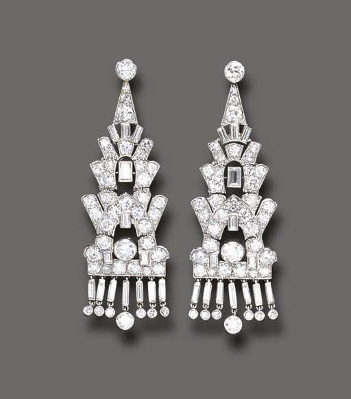 AN ELEGANT PAIR OF ART DECO DIAMOND EAR PENDANTS, BY CARTIER