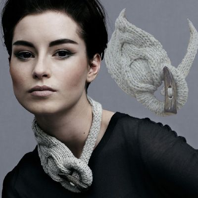 Necklace - knitted accessorie - Ruth Cross - gives me ideas to try and do…