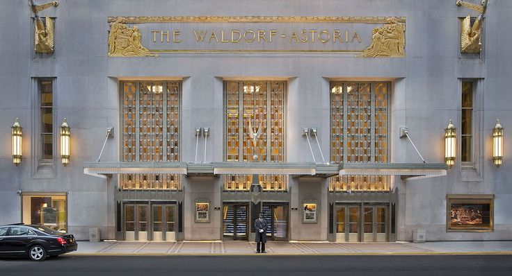 The Biggest Commercial Real Estate Deals #phoenix #az #real #estate http://real-estate.remmont.com/the-biggest-commercial-real-estate-deals-phoenix-az-real-estate/  #real estate commercial # the most expensive buildings sold in Manhattan Helmsley Building, 230 Park Avenue (Photo Courtesy of CoStar Group). As the disparity between the haves and the have-nots widens, there is perhaps no better demonstration of that dynamic than in Manhattan's commercial real estate market. Within the last…