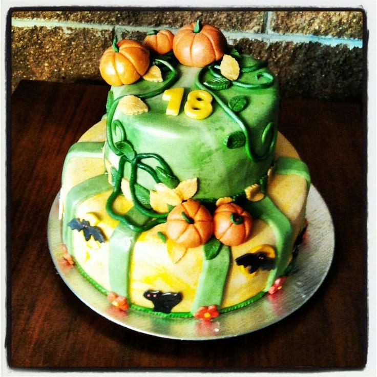 #Halloween #cake