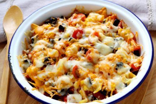 Überbackene Nachos mit viel Käse