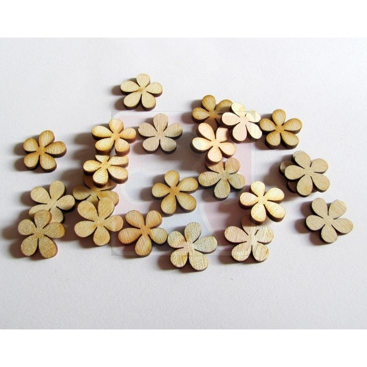 dřevěné kytičky 5-ti listé
