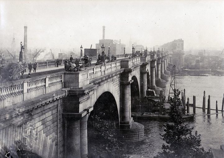 Old Waterloo Bridge, looking South