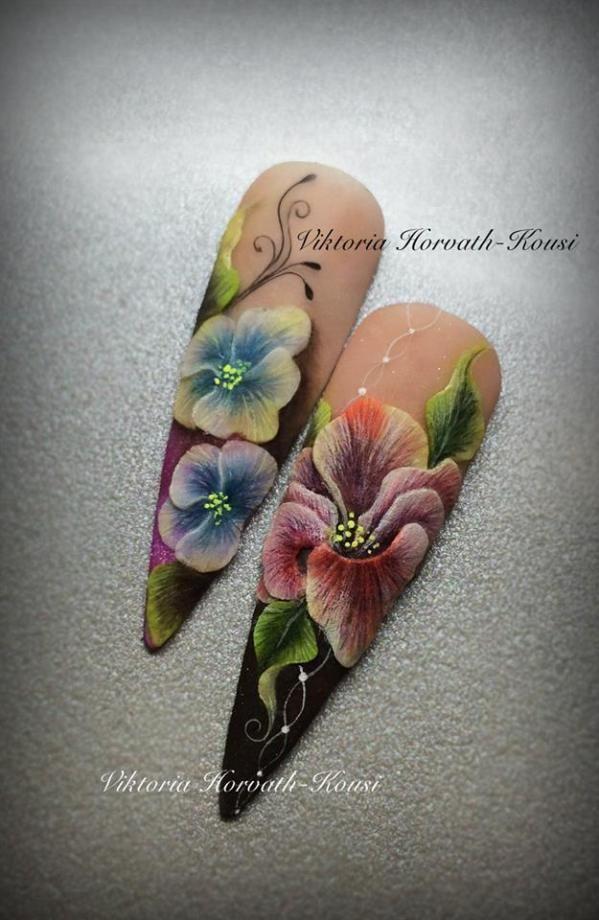 Amazing Nail Art , One stroke !!!