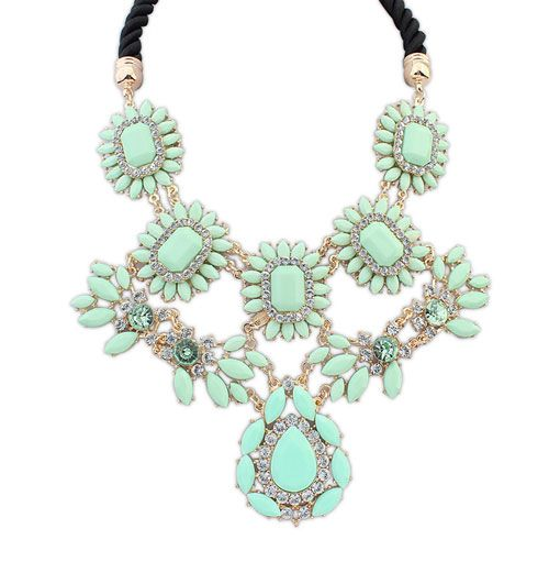 The Trend In Europe And America Street Beat Pink Big Luxury Necklace - US$5.75 - Choker necklace,bib necklace,women collar ,pandora necklace ,cheap statement necklace shop at Costwe.com