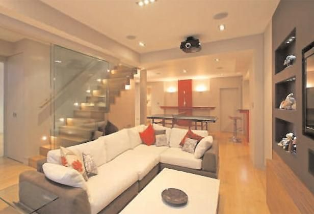 Glass wall staircase