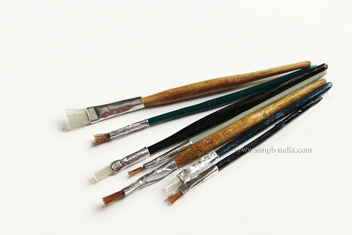 DIY Miniature Paint Brushes