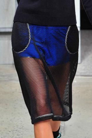 Supersized mesh: womenswear emerging trend