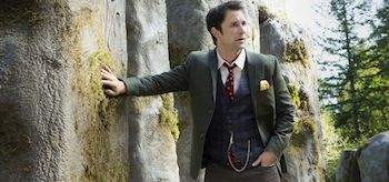 The Librarians And the Apple of Discord Promo. TNT's The Librarians: Season 1, Episode 5: And the Apple of Discord TV show trailer stars Noah Wyle, Rebcca Romijn Christian Kane--  http://film-book.com/the-librarians-season-1-episode-5-and-the-apple-of-discord-tv-show-trailer-tnt/  FILM BOOK  . 12-24-2014