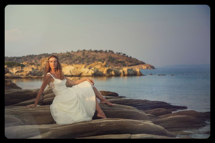 After wedding #wedding #afterwedding #bride #weddingdress #photoshooting #sea