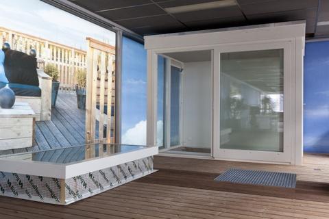 Een voorbeeld van het Dakterras.nl dakhuis. De ideale toegang naar uw dakterras