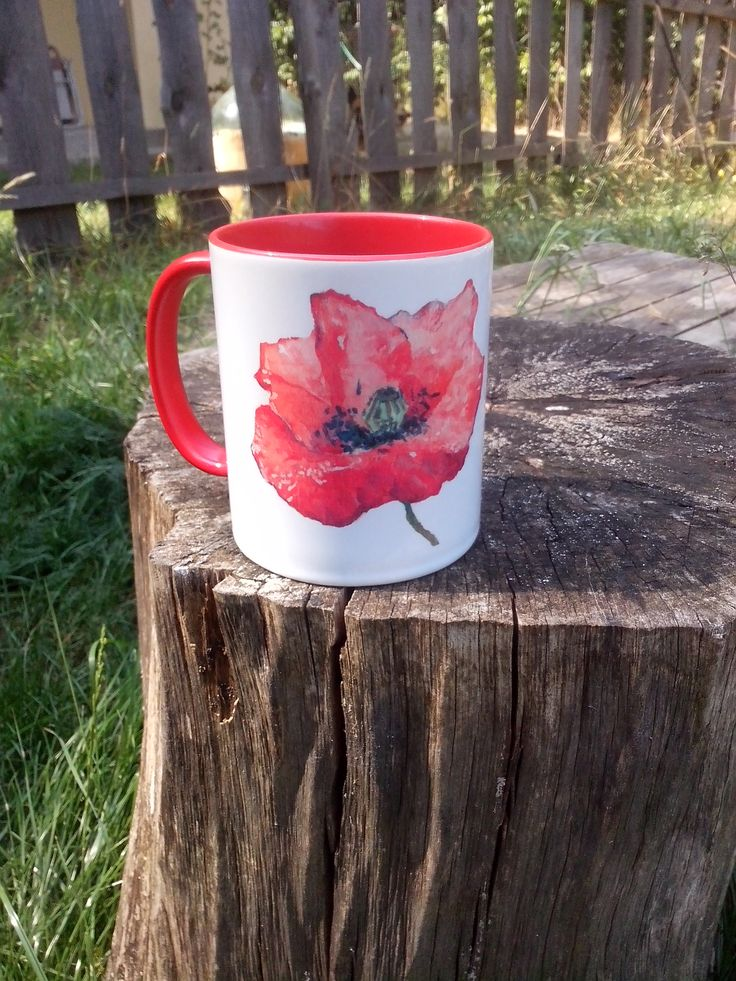 A cup with poppy