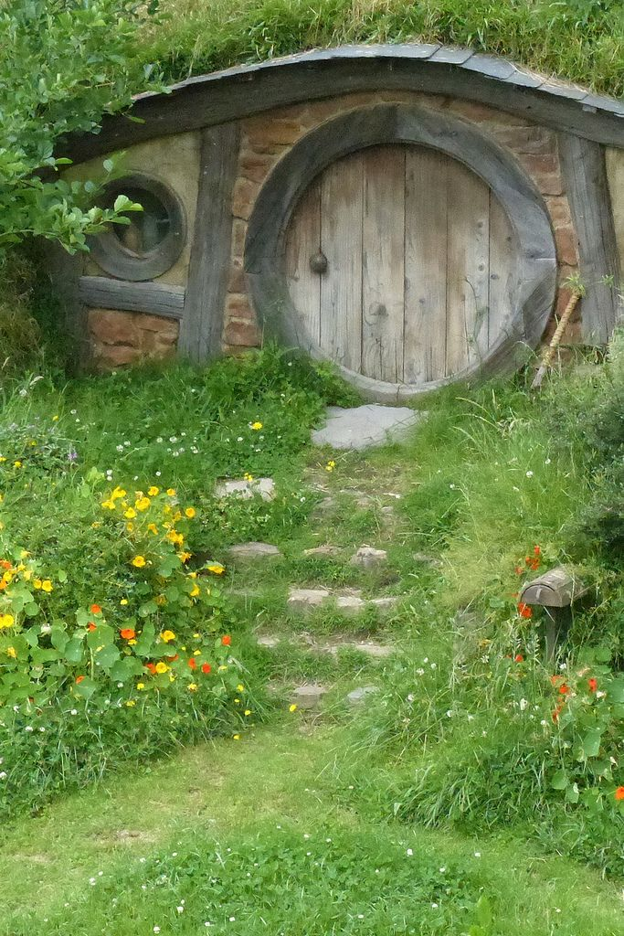 Hobbit hole for the future pinterest hobbit hole for Porta hobbit